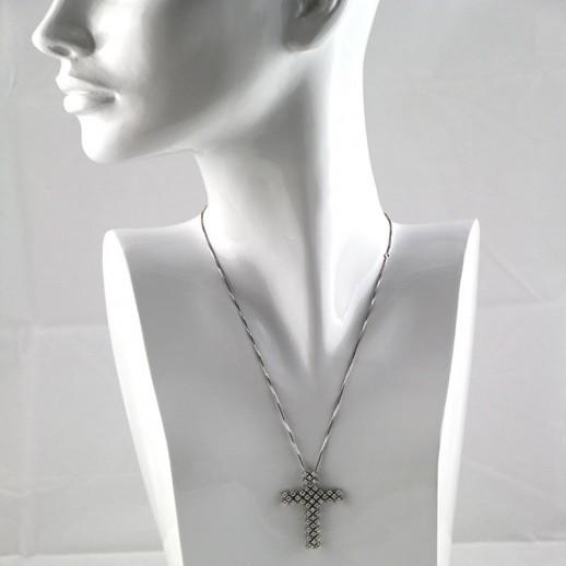 Collana Damiani in Oro Bianco con Diamanti e Pendente a Croce